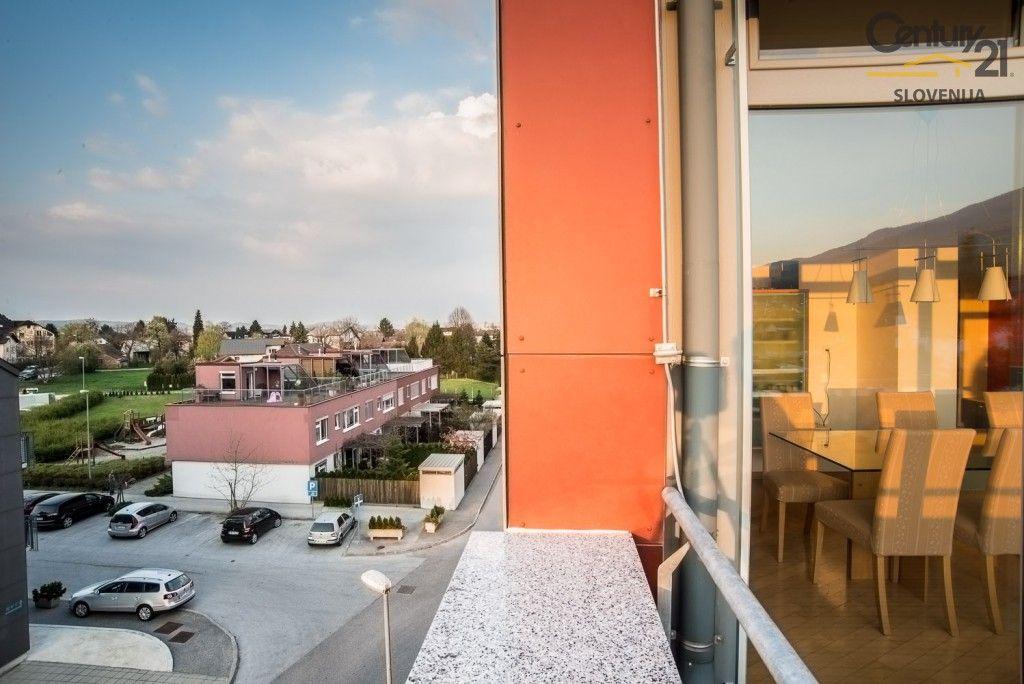 Квартира в Мариборе, Словения, 270.2 м2 - фото 12