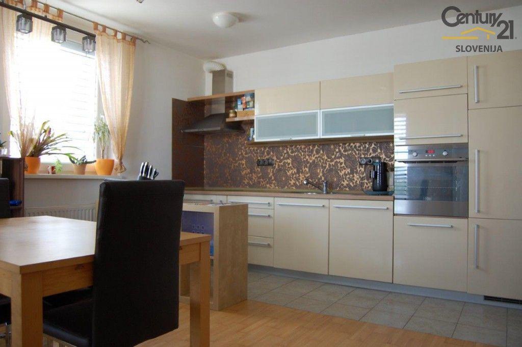 Квартира в Мариборе, Словения, 62.9 м2 - фото 1