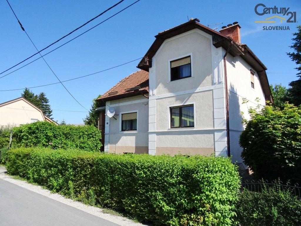 Дом в Словенска-Бистрице, Словения, 1174 м2 - фото 1