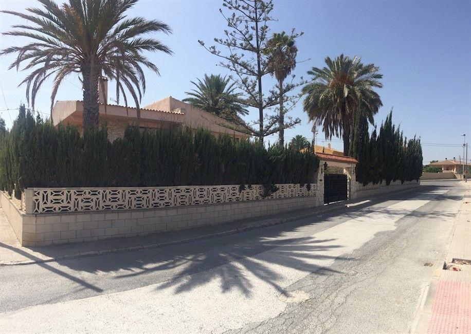 Вилла в Аликанте, Испания, 965 м2 - фото 1