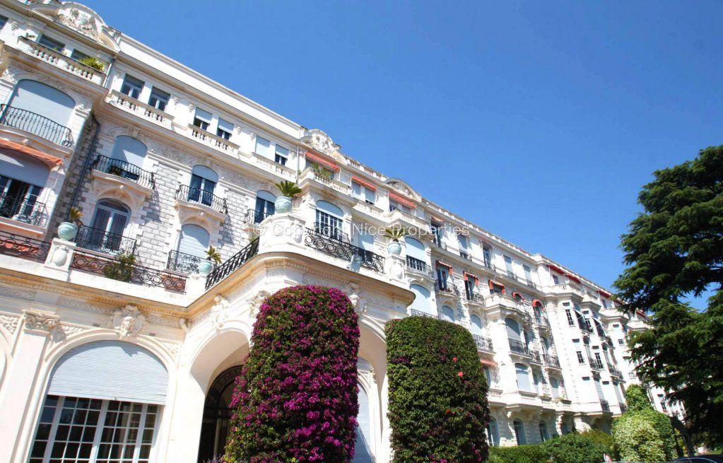 Квартира в Ницце, Франция, 128 м2 - фото 1