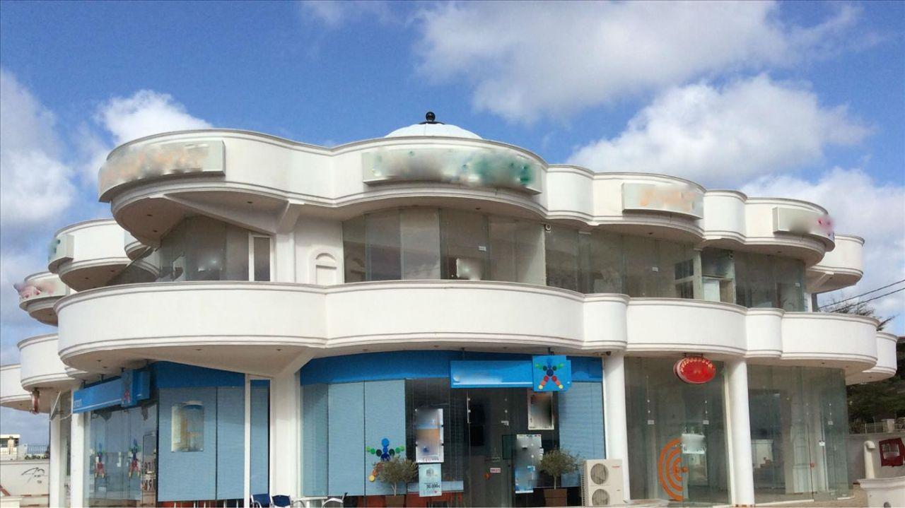Коммерческая недвижимость в Сарониде, Греция, 600 м2 - фото 1