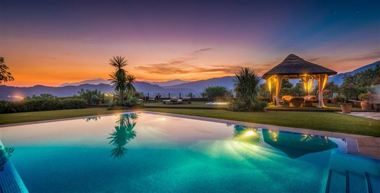 Вилла на Коста-дель-Соль, Испания, 5000 м2 - фото 1