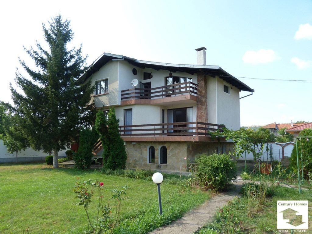 Дом в Велико Тырново, Болгария, 1320 м2 - фото 1