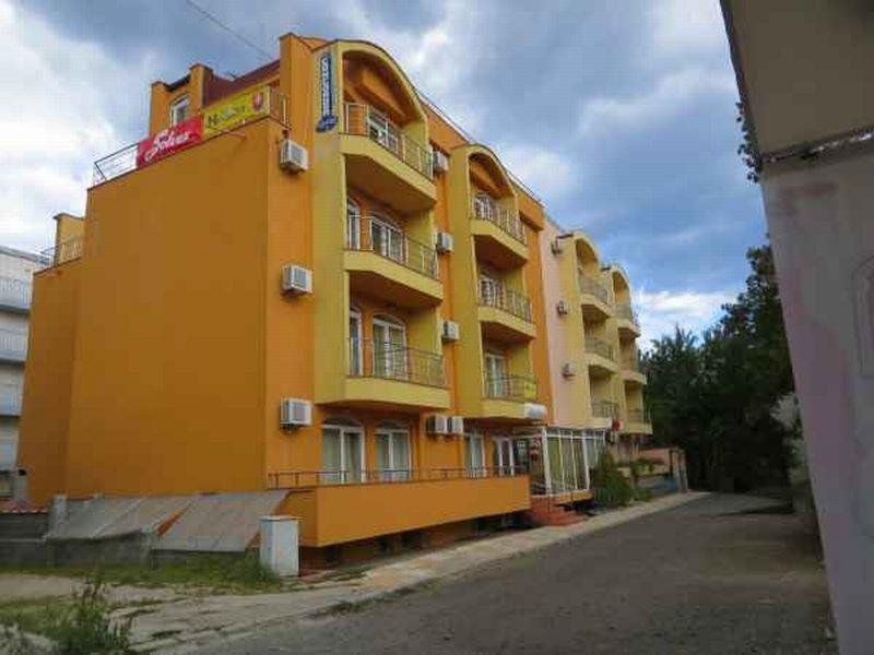 Отель, гостиница в Бургасской области, Болгария, 1200 м2 - фото 1