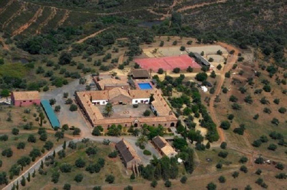 Инвестиционный проект в Кордове, Испания, 3700 м2 - фото 1