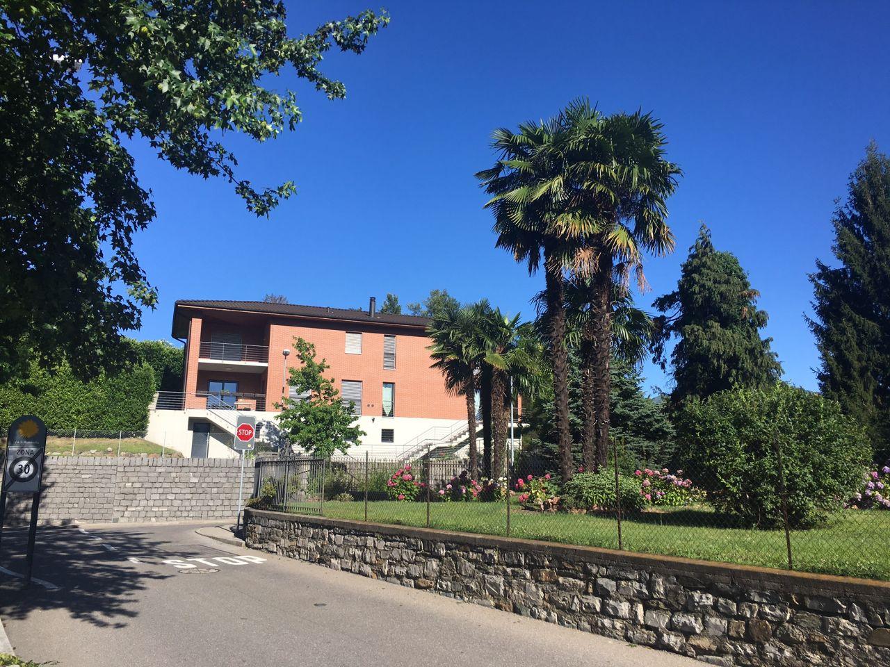 Вилла в Лугано, Швейцария, 300 м2 - фото 1