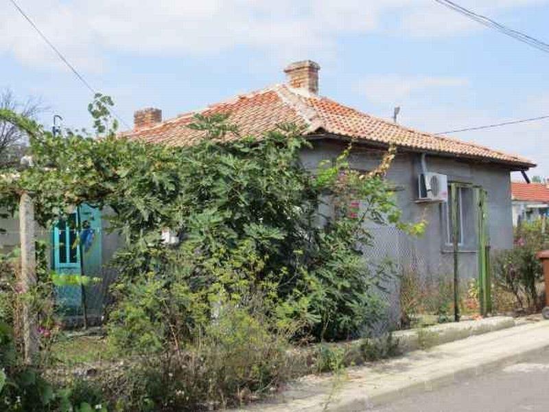 Дом в Бургасской области, Болгария, 80 м2 - фото 1