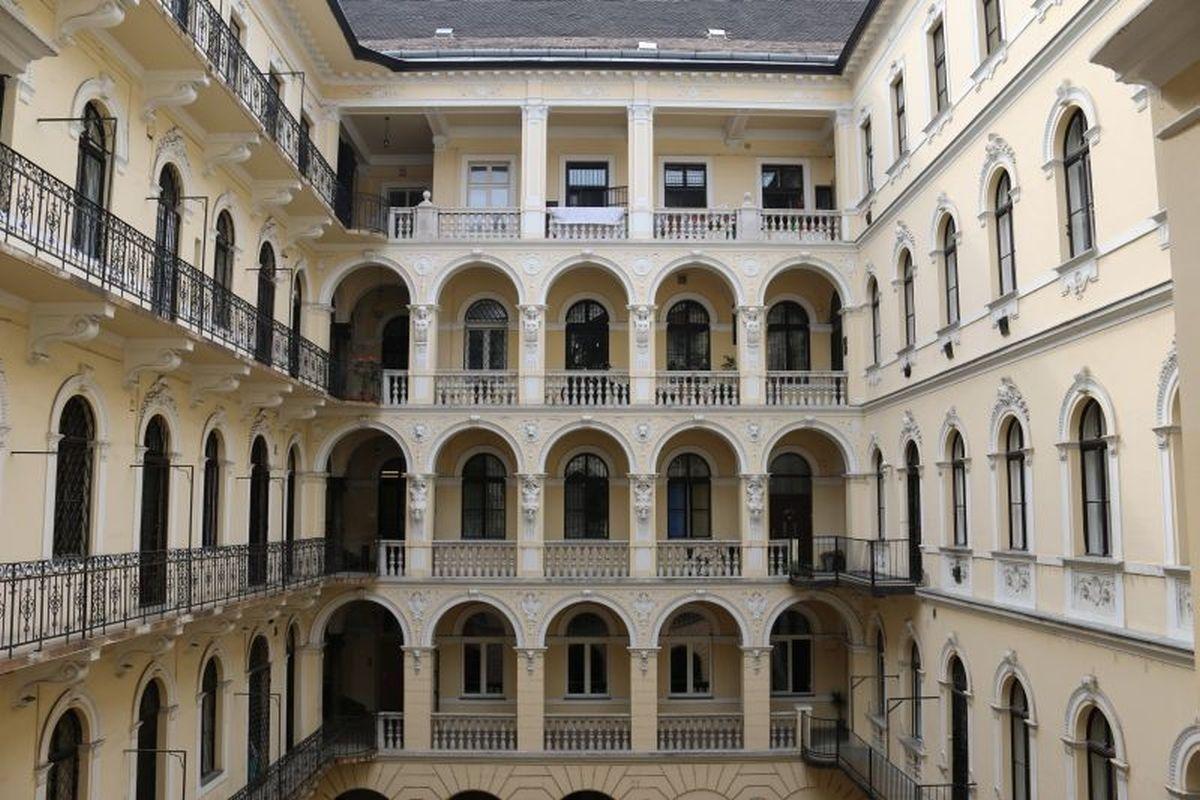 Апартаменты в Будапеште, Венгрия, 66 м2 - фото 1