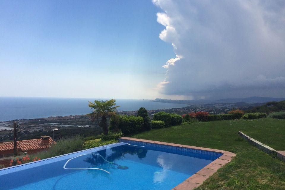 Вилла на Коста-дель-Маресме, Испания, 400 м2 - фото 1