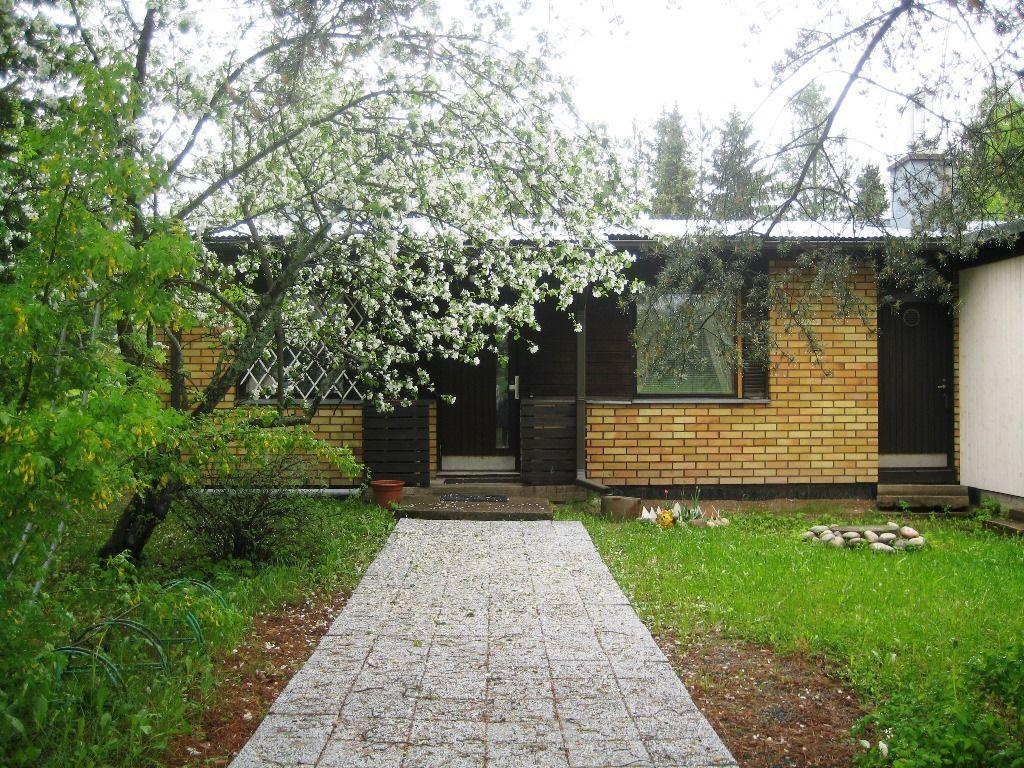 Дом в Иматре, Финляндия, 1350 м2 - фото 1