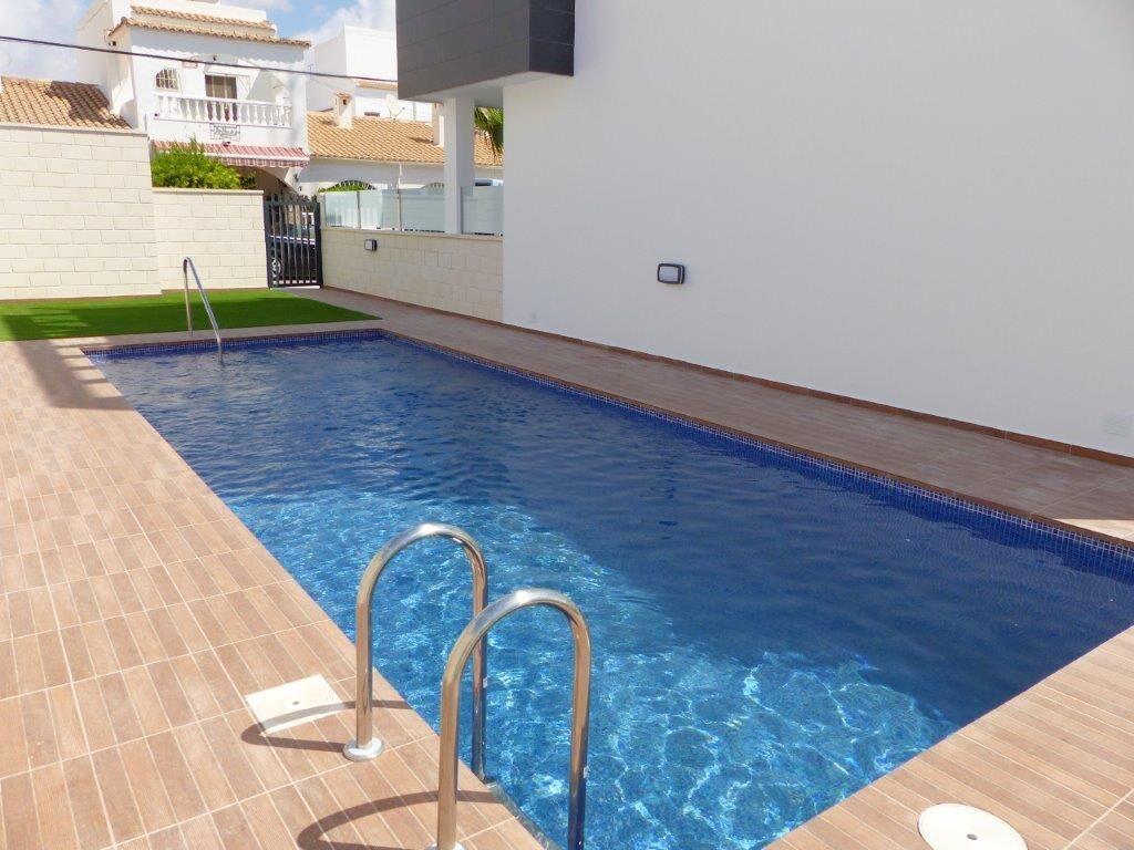 Дом в Ориуэла Коста, Испания, 40 м2 - фото 1
