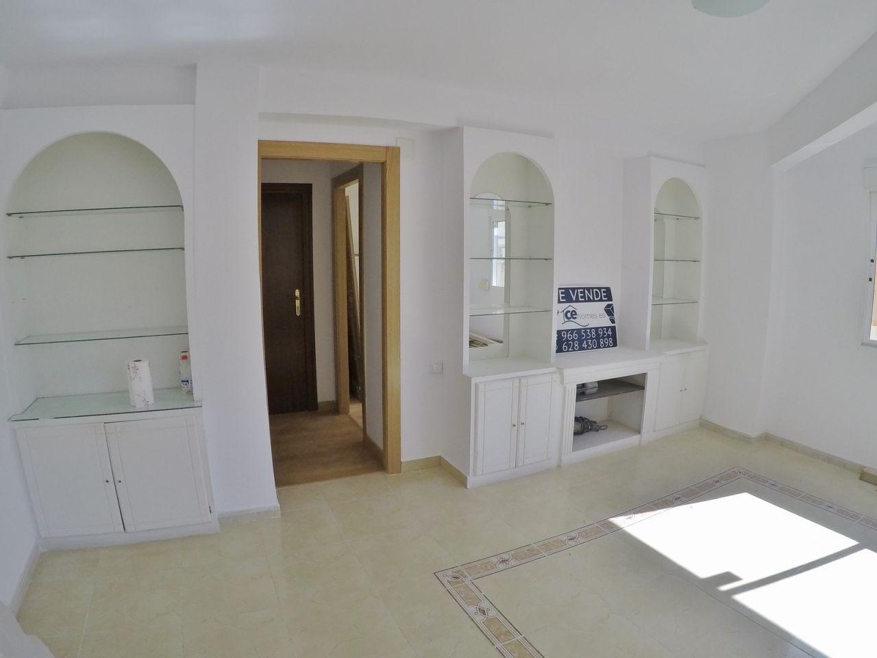 Квартира в Аликанте, Испания, 100 м2 - фото 1