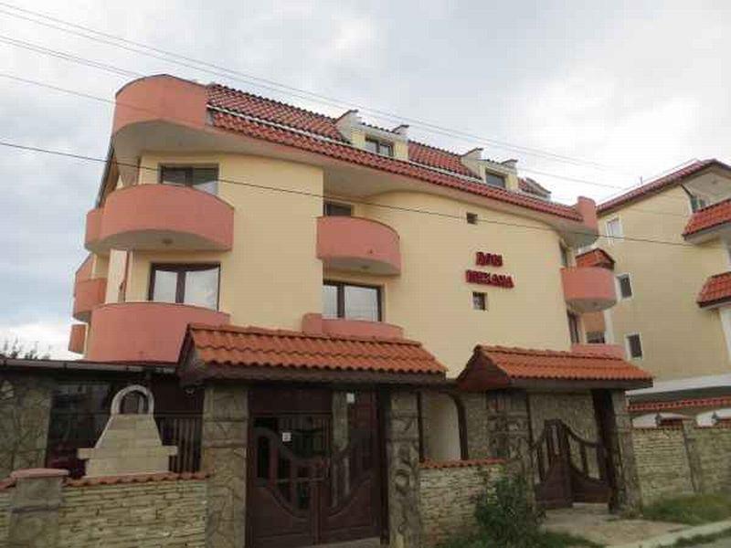 Отель, гостиница в Бургасской области, Болгария, 1250 м2 - фото 1