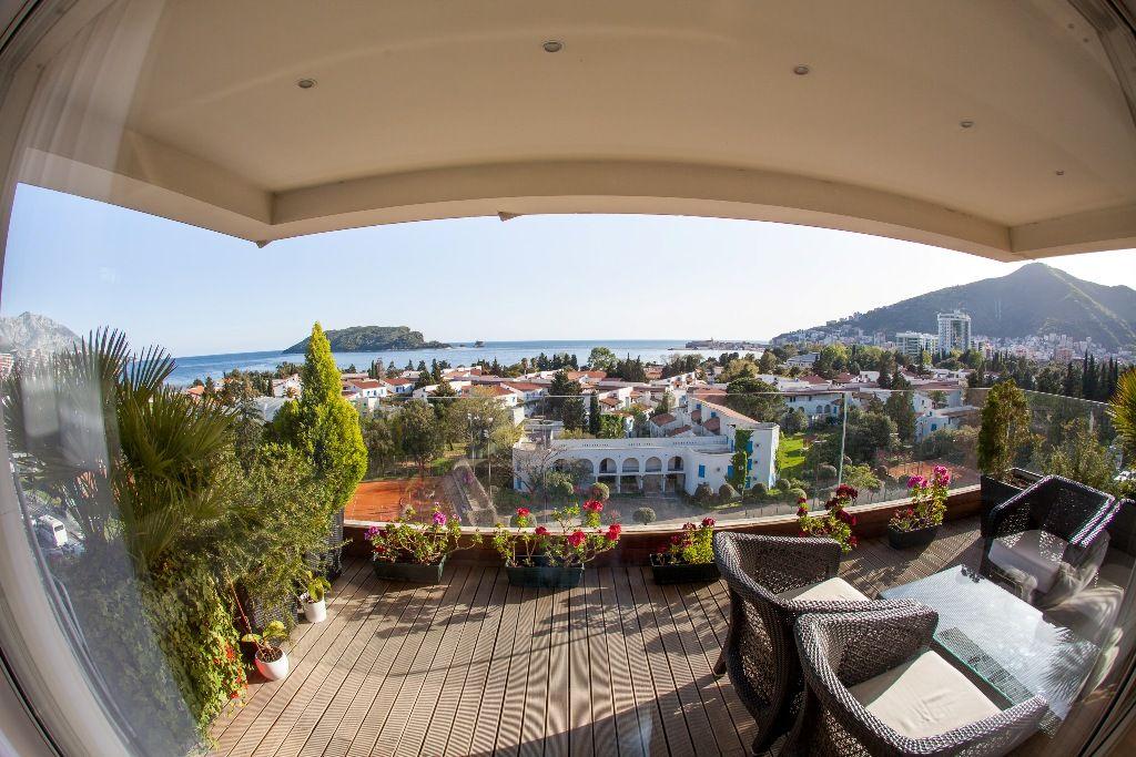 Апартаменты в Будве, Черногория, 176 м2 - фото 1