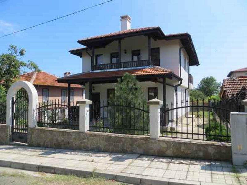Дом в Бургасской области, Болгария, 166 м2 - фото 1
