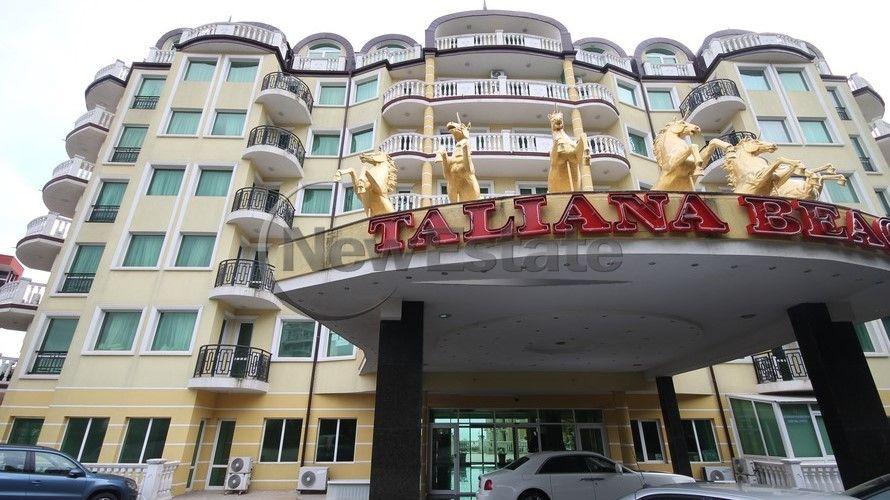 Квартира в Елените, Болгария, 66 м2 - фото 1