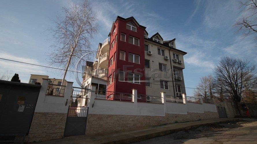 Квартира в Варне, Болгария, 153 м2 - фото 1