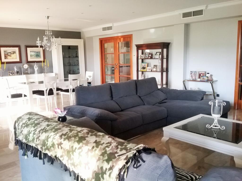 Дом в Матаро, Испания, 600 м2 - фото 1
