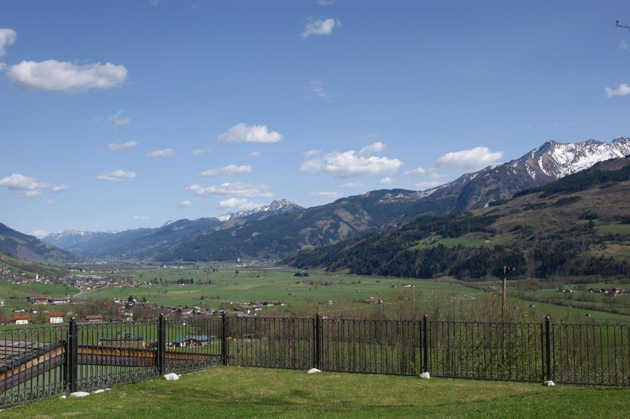 Вилла в Зальцбурге, Австрия, 18 сот. - фото 1