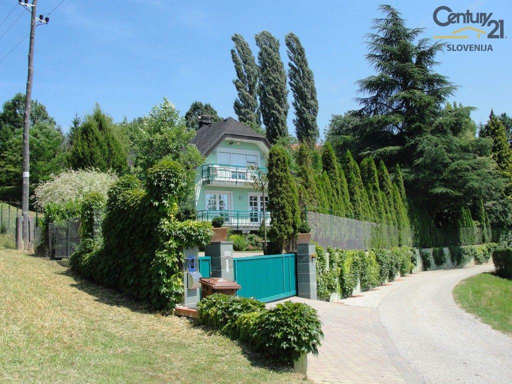 Дом в Мариборе, Словения, 323 м2 - фото 1