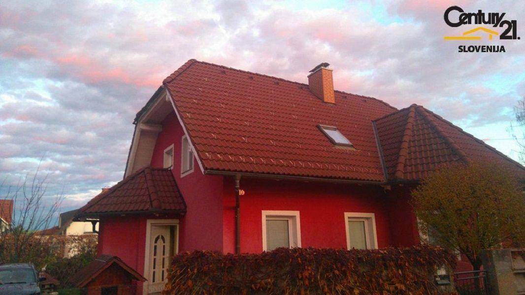 Дом в Мариборе, Словения, 673 м2 - фото 1