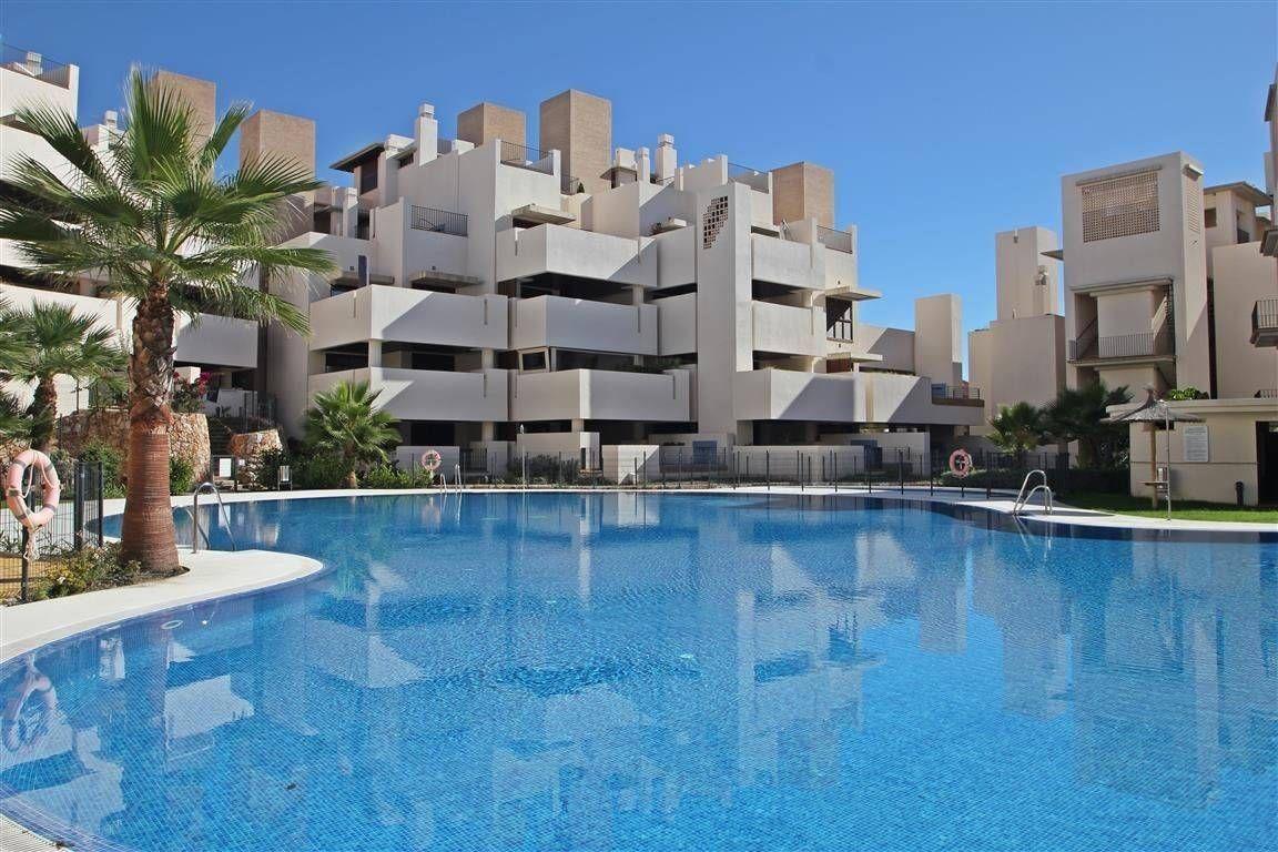 Квартира в Эстепоне, Испания, 185 м2 - фото 1