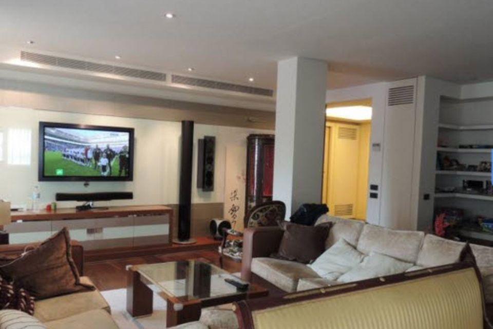 Квартира в Барселоне, Испания, 320 м2 - фото 1