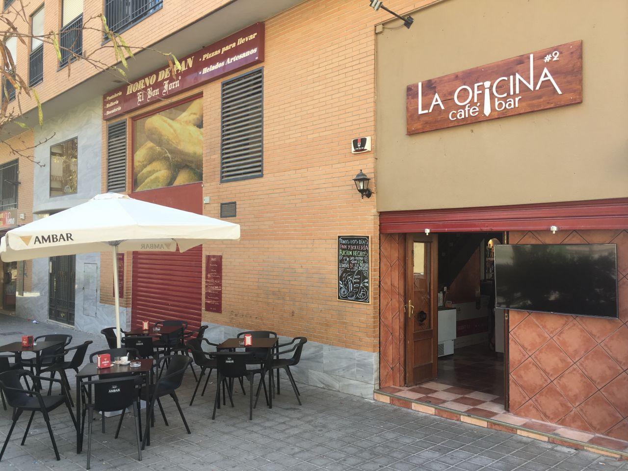 Кафе, ресторан в Аликанте, Испания, 80 м2 - фото 1