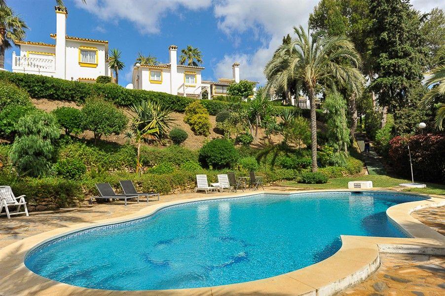 Дом на Коста-дель-Соль, Испания, 225 м2 - фото 1