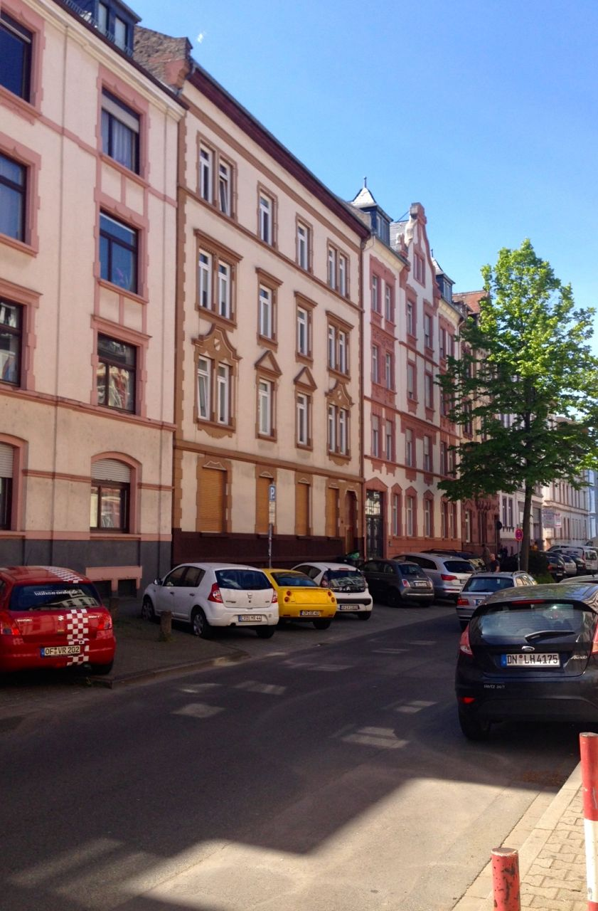 Доходный дом во Франкфурте-на-Майне, Германия, 917 м2 - фото 1