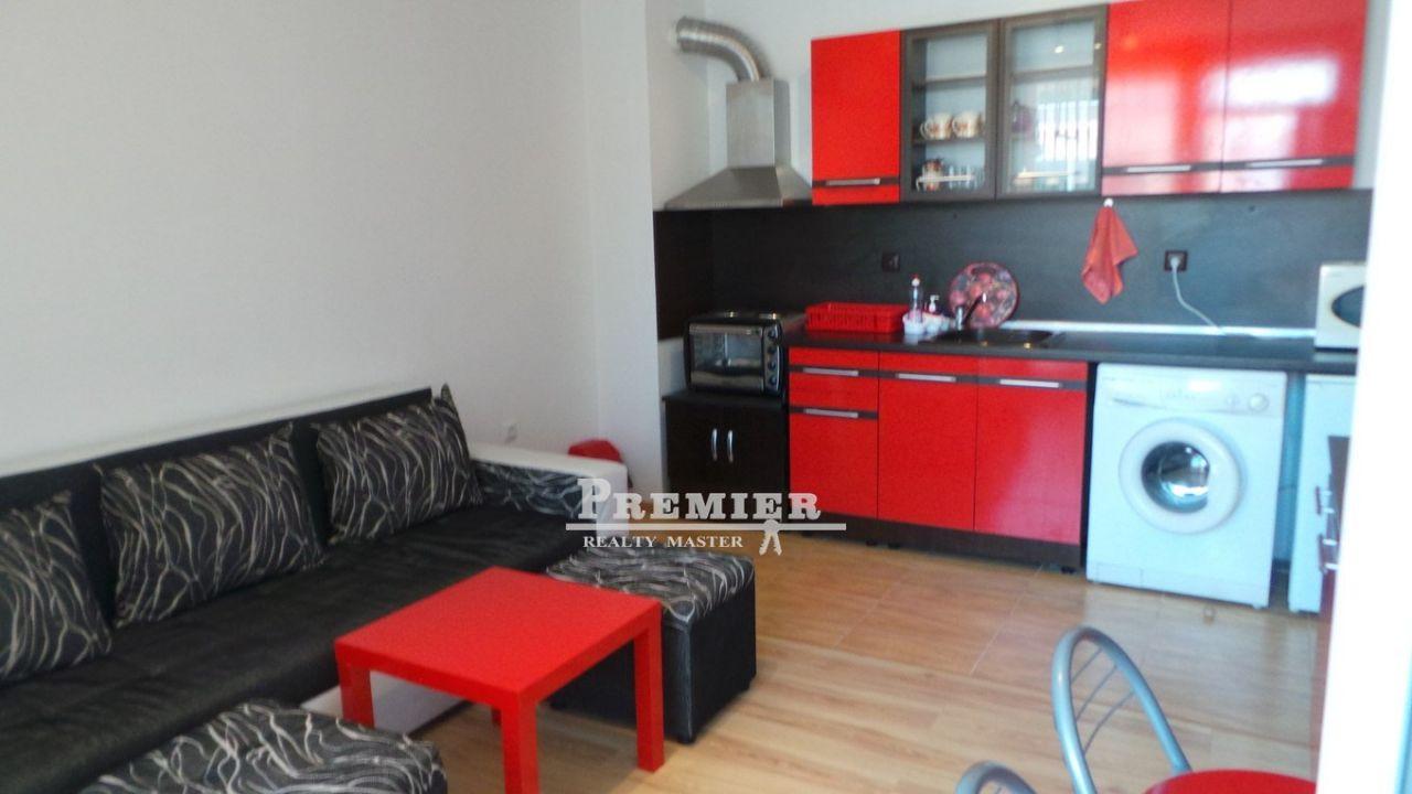 Квартира в Поморие, Болгария, 50 м2 - фото 1
