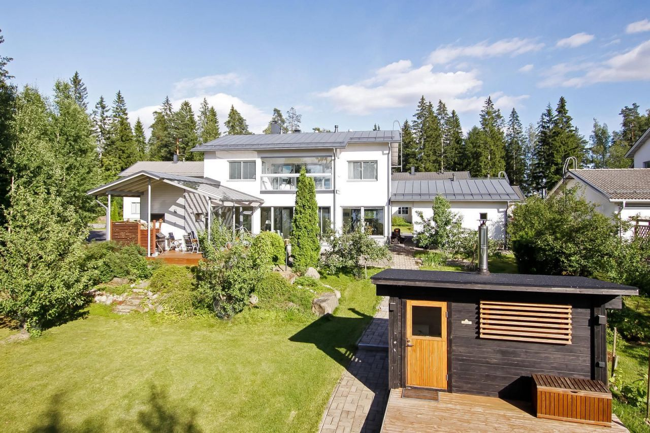Дом в Лаппеенранте, Финляндия, 1583 м2 - фото 1