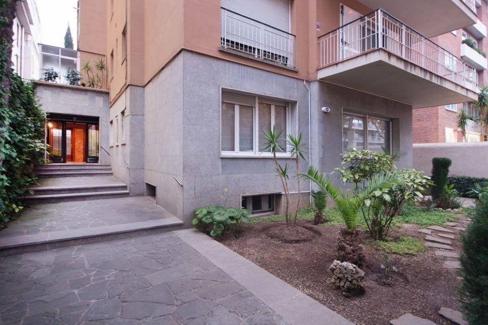 Квартира в Барселоне, Испания, 146 м2 - фото 1