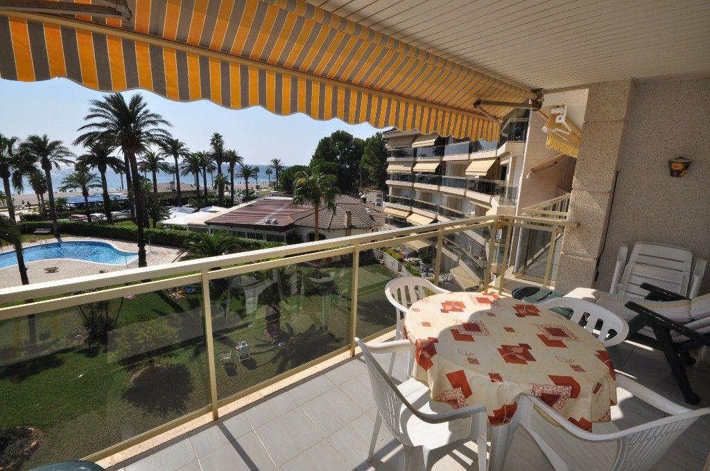 Квартира на Коста-Дорада, Испания, 65 м2 - фото 1