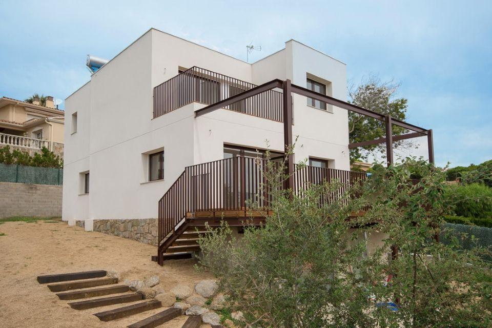 Испания продажа недвижимости в пригородах