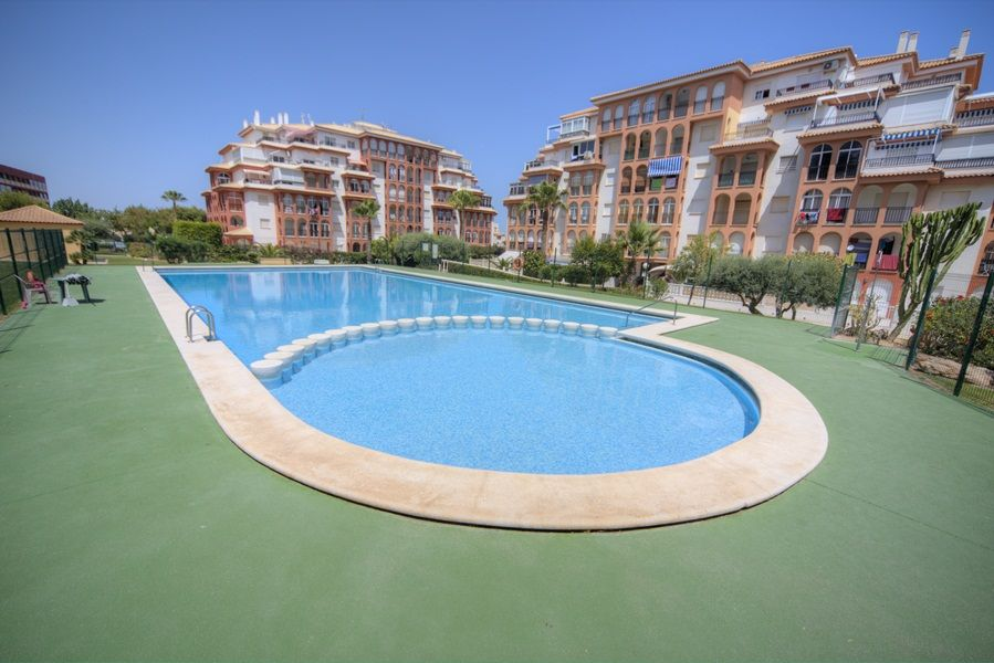 Квартира в Торревьехе, Испания, 66 м2 - фото 1