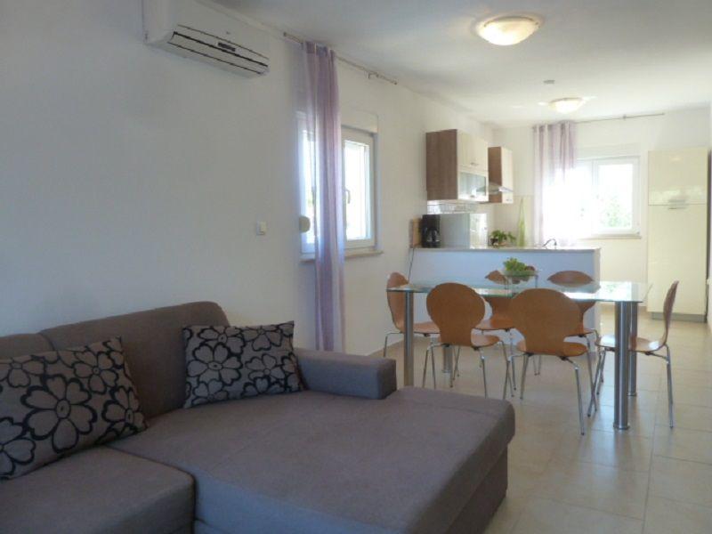 Квартира в Пуле, Хорватия, 37 м2 - фото 1