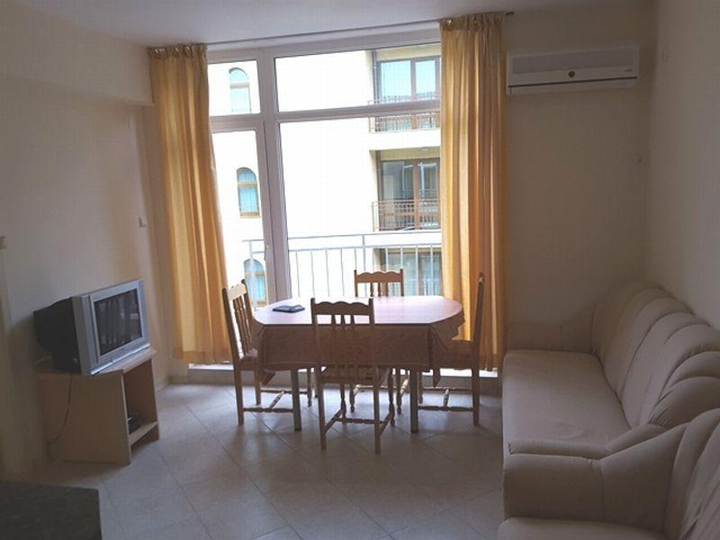 Квартира в Бургасской области, Болгария, 47 м2 - фото 1
