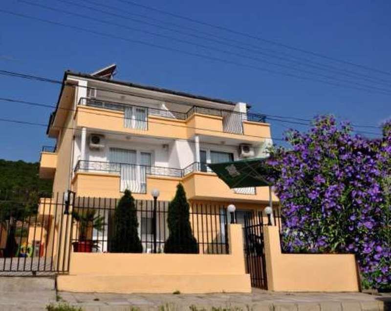 Дом в Обзоре, Болгария, 500 м2 - фото 1