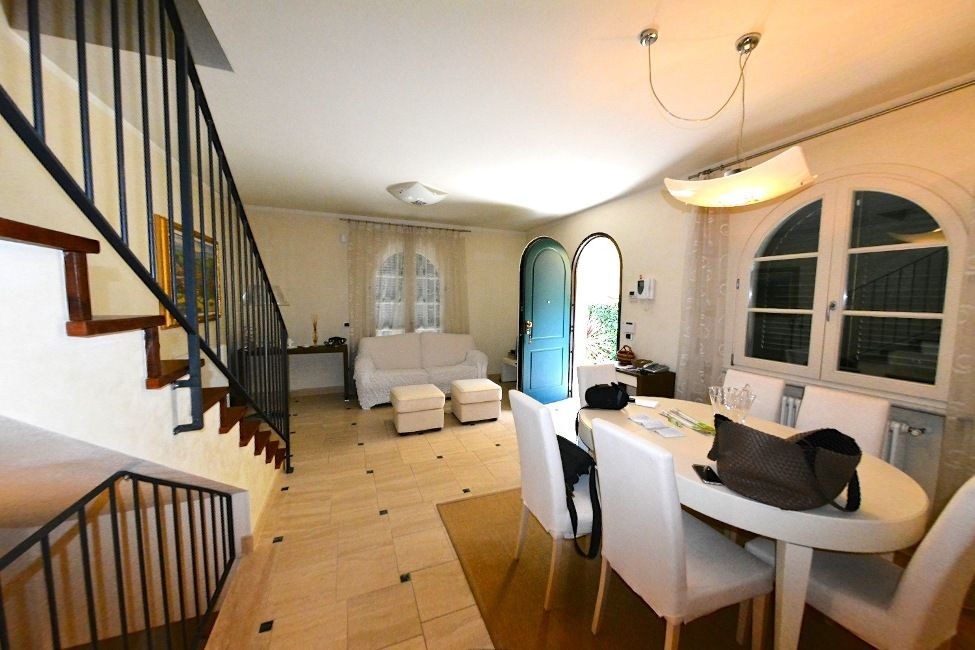 Дом в Версилии, Италия, 260 м2 - фото 1