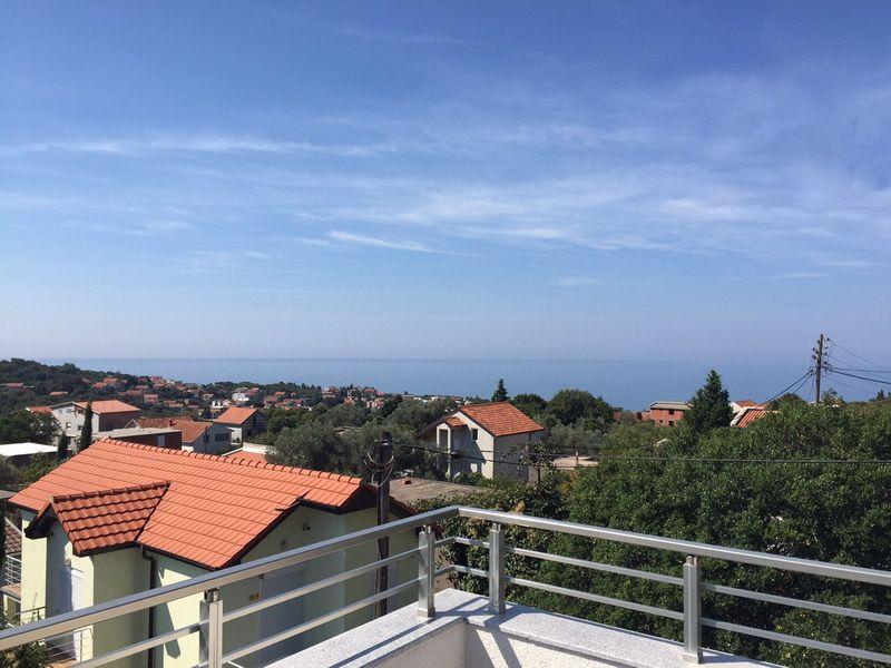 Вилла в Утехе, Черногория, 360 м2 - фото 1