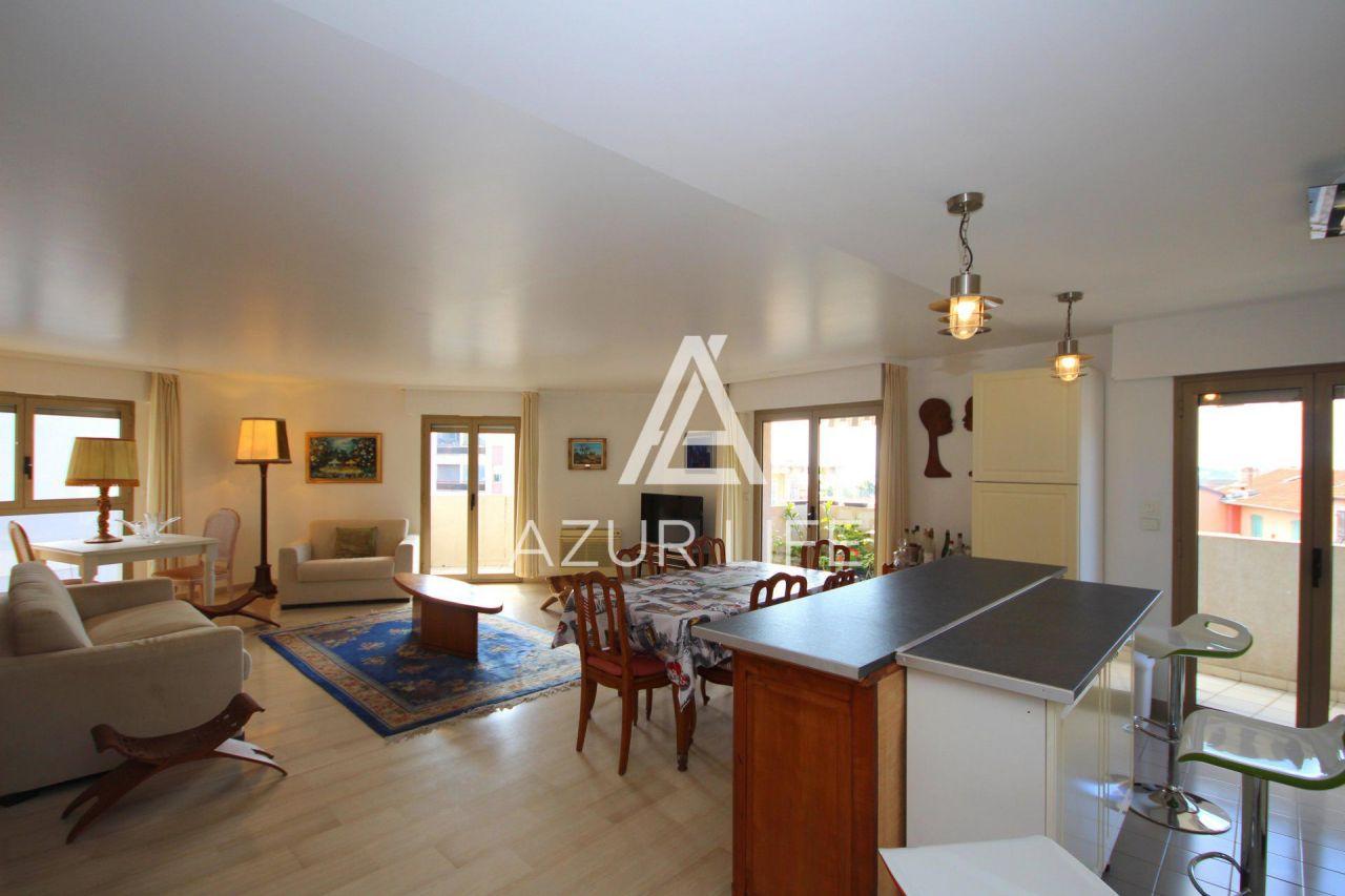Апартаменты в Больё-сюр-Мер, Франция, 112 м2 - фото 1