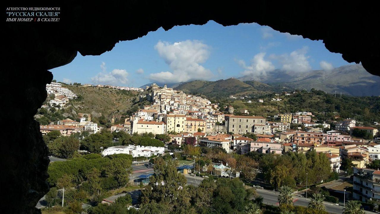 Апартаменты в Скалее, Италия, 50 м2 - фото 1