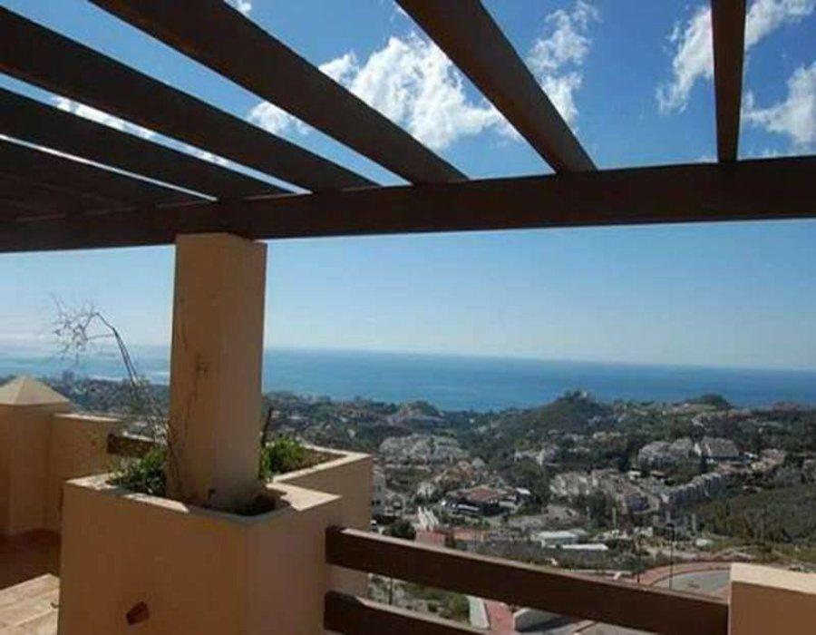 Апартаменты в Бенальмадене, Испания, 99 м2 - фото 1