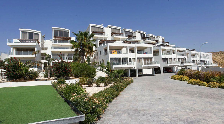 Квартира в Ларнаке, Кипр, 109 м2 - фото 1