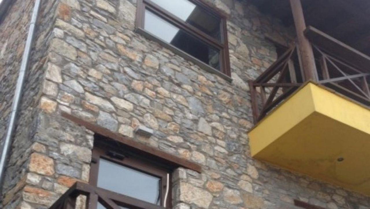 Коммерческая недвижимость в Фессалии, Греция, 240 м2 - фото 1