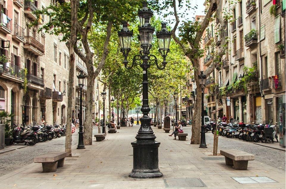 Коммерческая недвижимость в Барселоне, Испания, 88 м2 - фото 1