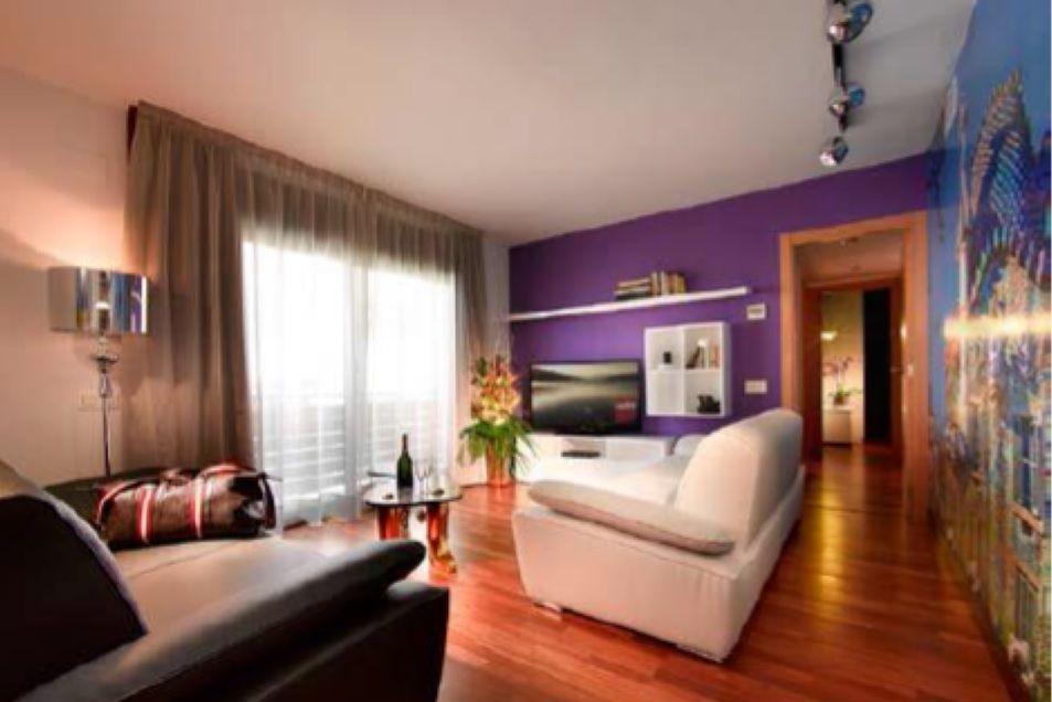 Коммерческая недвижимость в Барселоне, Испания, 2560 м2 - фото 1