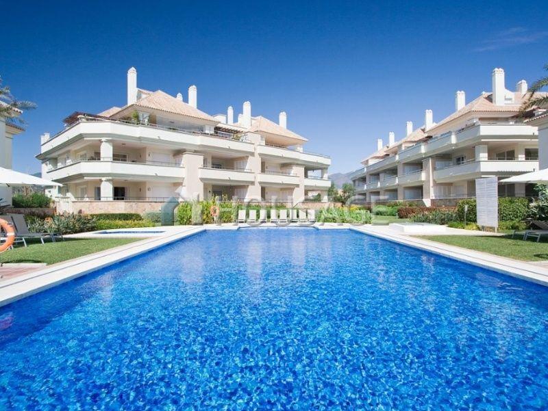 Квартира Новая Золотая Миля, Испания, 168 м2 - фото 1